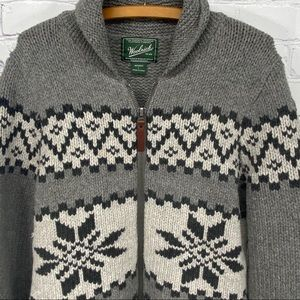 Woolrich snowflake Lambswool cardigan sweater.
